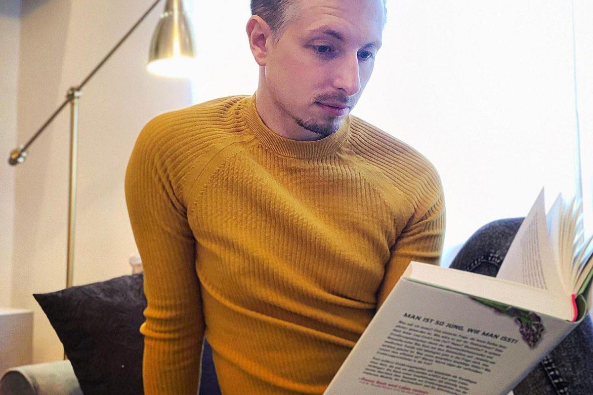 (unbezahlte Werbung) Winterzeit ist Bücherzeit. Ich lese momentan ein super gut ...