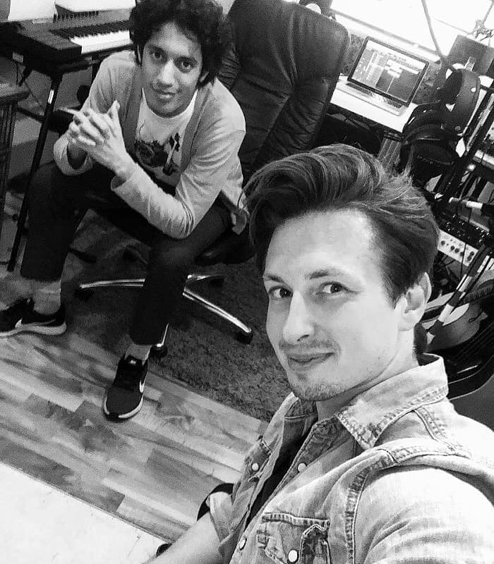 """Ein weiterer Tag im Studio! Arbeiten mit @ diggi.tv auf meinem Album """"Unfinished"""" ...."""