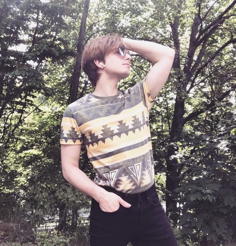 Guten Morgen! @jackandjones Dank für dieses große Shirt. Schönen Sommer w ...
