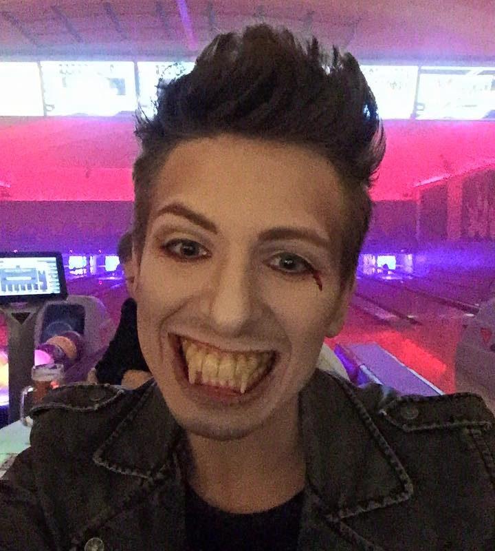 Hatte gestern super Spaß mal wieder Vampir zu sein.