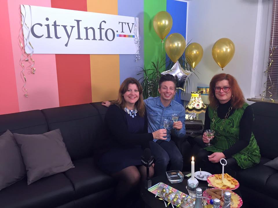 Hatte heute ein lustiges Interview zum Jahresende bei cityInfo.TV mit Bianca Mun ...