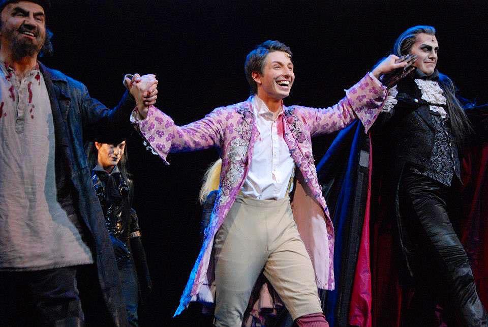 """Heute vor 5 Jahren war unsere letzte Show von """"Tanz der Vampire"""" im Theater des ..."""